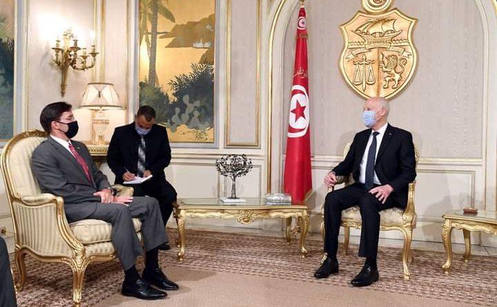 رئيس الجمهورية قيس سعيد يستقبل بقصر قرطاج وزير الدفاع الأمريكي السيد مارك إيسبر Mark